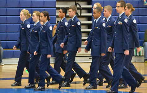 ROTC cadets perform at drill meet