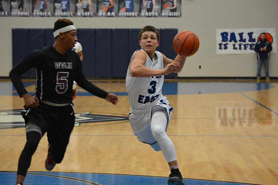 Varsity boys basketball snubbed by Wylie High