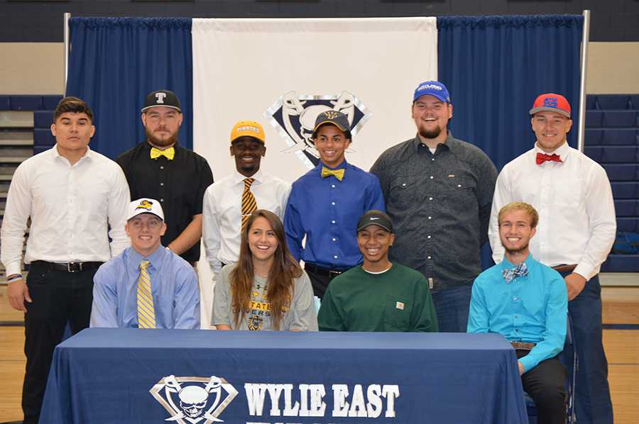 Signing day \\ Ten seniors signed letters of intent to play sports at various colleges May 18.