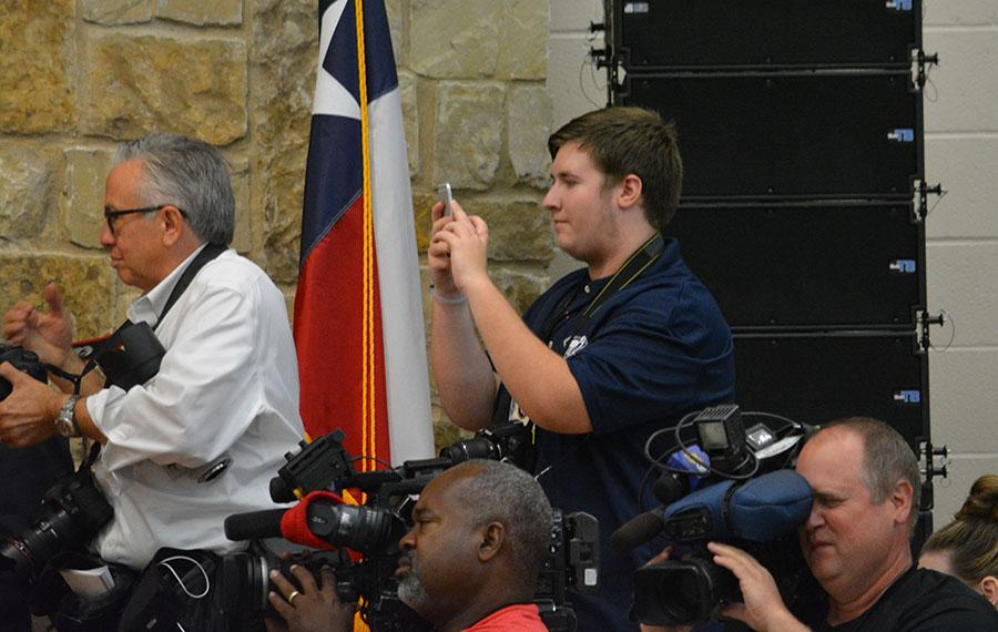 Presidential experience \\ Filming former President George W. Bush speak at the dedication ceremony, Editor in Chief Michael Turner gets a once in a lifetime opportunity to cover a president of the United States. He tweeted, filmed, photographed and wrote about the day.