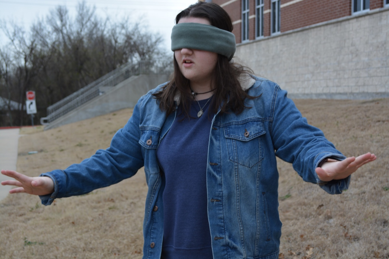 Seeing through Malorie's eyes // Curious of how it really is like to venture out blind, I decided to put myself in Sandra Bullock's shoes and take a lap outside campus, with friends to help, of course, blindfolded.