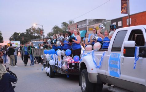 Floatin on by \\ Last year's homecoming parade brought out lots of fans. This year's theme is Lights, Camera, Raiders! Student Council is seeking entries for this year's parade.