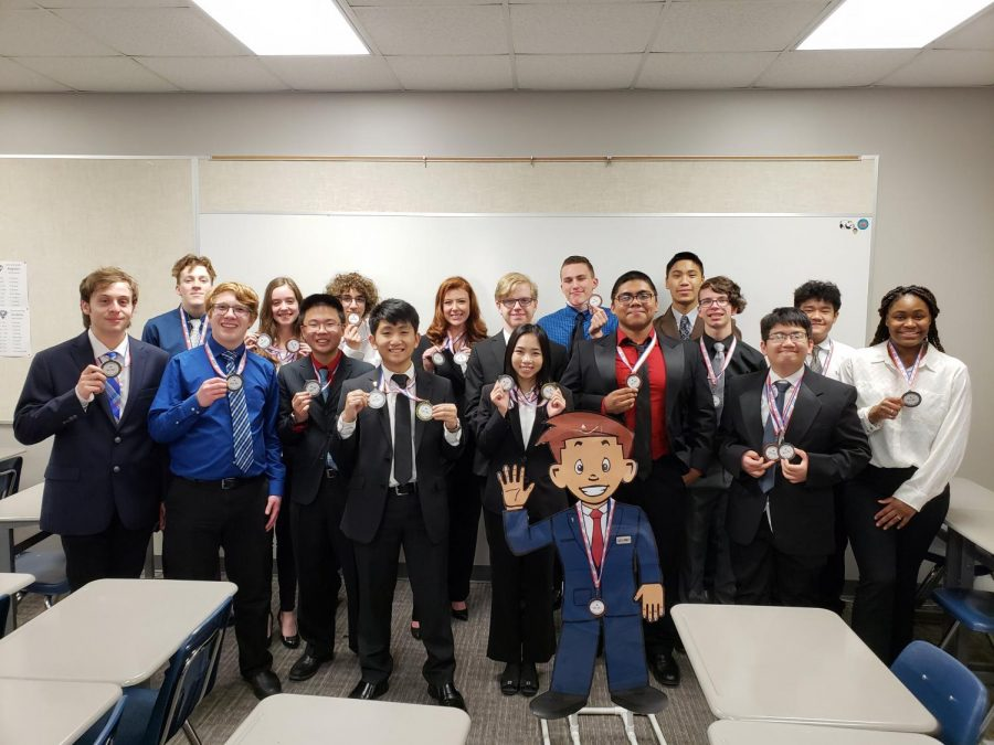 Raise the bar \\ Seniors Jason Chu and Huong Huynh compete in Business Professionals of America Jan. 18 at the Regional Leadership Conference in Rockwall.