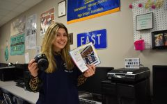 Navigation to Story: Sophomore's photo is selected in nationwide contest