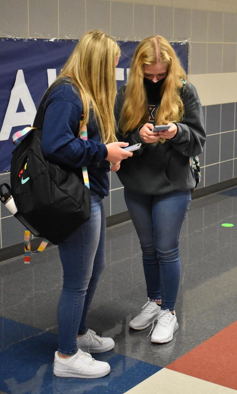 Every day is a jeans day \\ Next school year, students may wear jeans any day of the week, opposed to the current policy in place of Thursdays and Fridays only. The school board approved updates to the standardized dress code at the last board meeting.