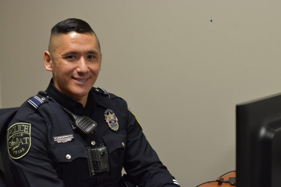 New Blue Blood \\ School Resource officer Mike Hashimoto gets used to his new post since joining the staffulty. He has several kids in Wylie ISD schools, and has moved here from a junior high.